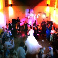 4 Piece Wedding-Band-First-Dance